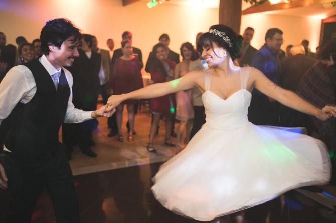 www.facebook.com/rockthewedding